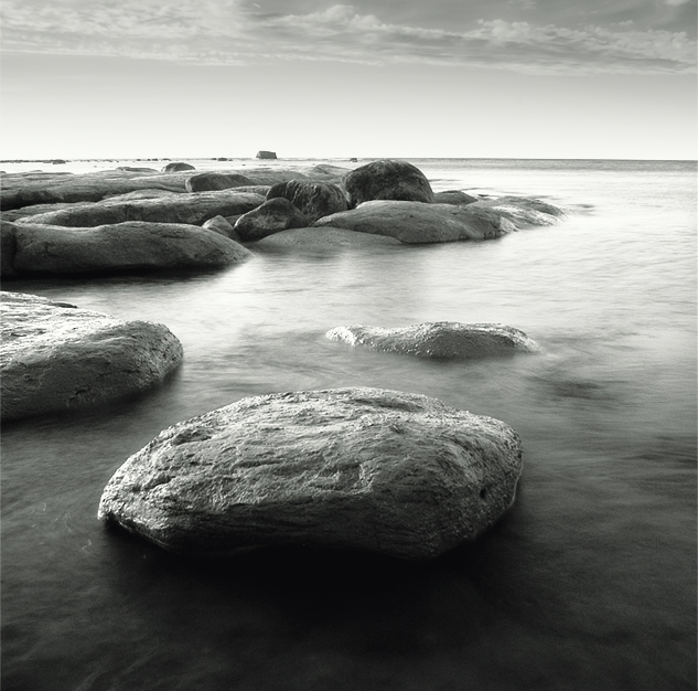 no name | sea, clouds, black and white, rocks