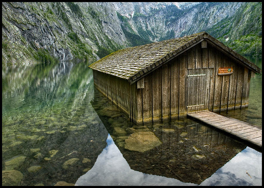 Small house of the boatman landscape photos Best small house designs in the world