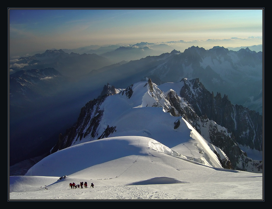 .. and now forward and forward... | panorama, mountains, people, snow, mist