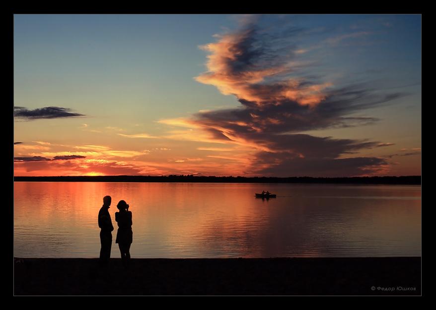summer romance | silhouette, dusk, boat, people, lake