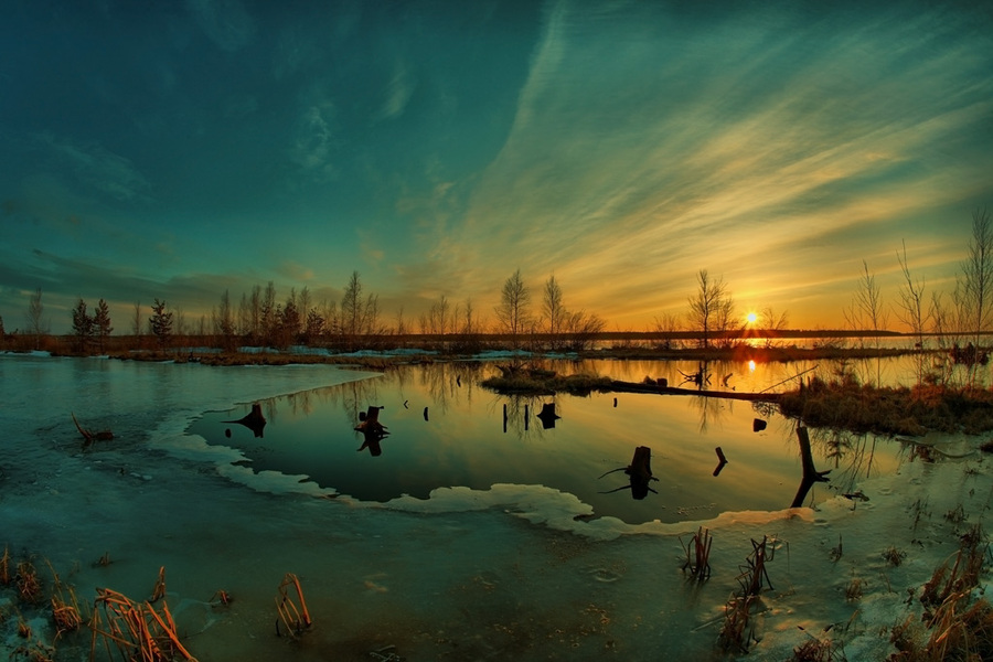 The first thaw holes | sky, sun, dawn, winter, swamp, ice