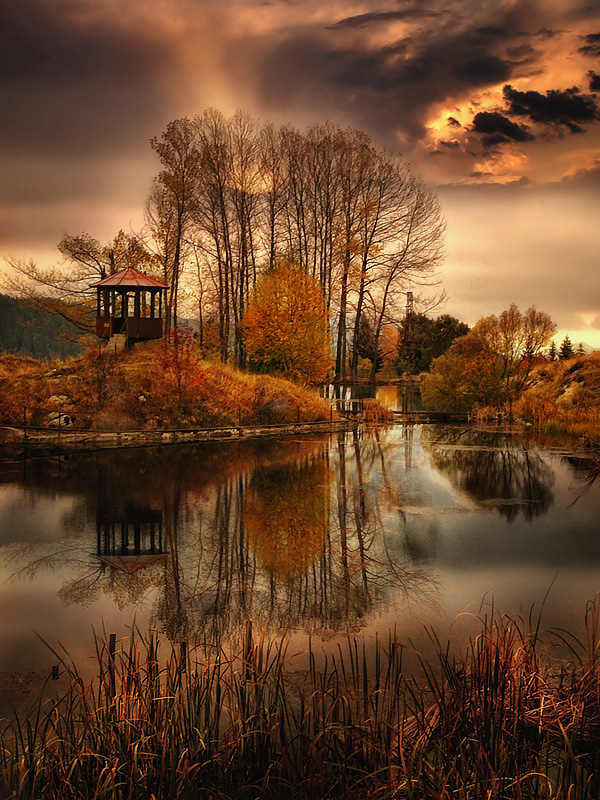 Chairi | autumn, dusk, reflection