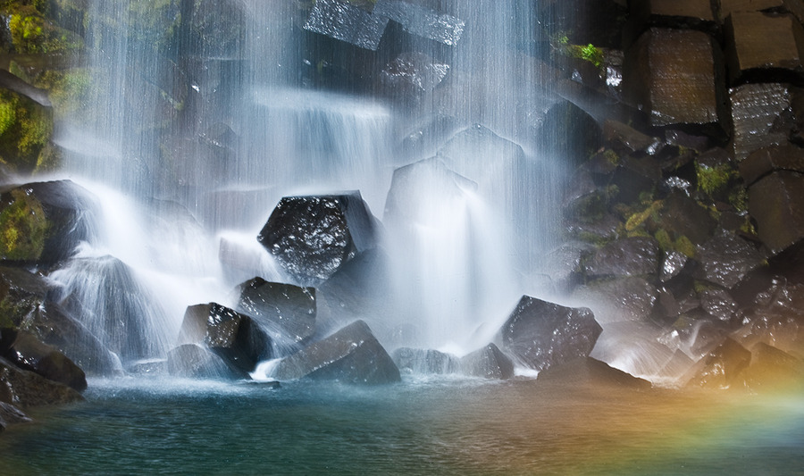 Svartifoss | waterfall, rocks, rainbow