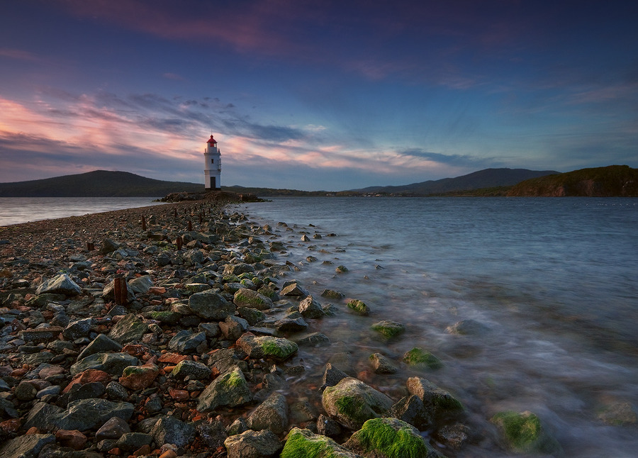 Morning at the lighthouse | stones, sea, morning