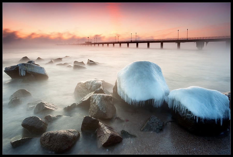 Cold morning    dawn, bridge, sea, mist