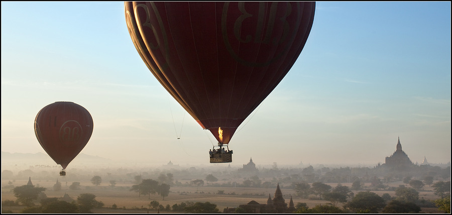 Hot air balloons   fog, panorama, people