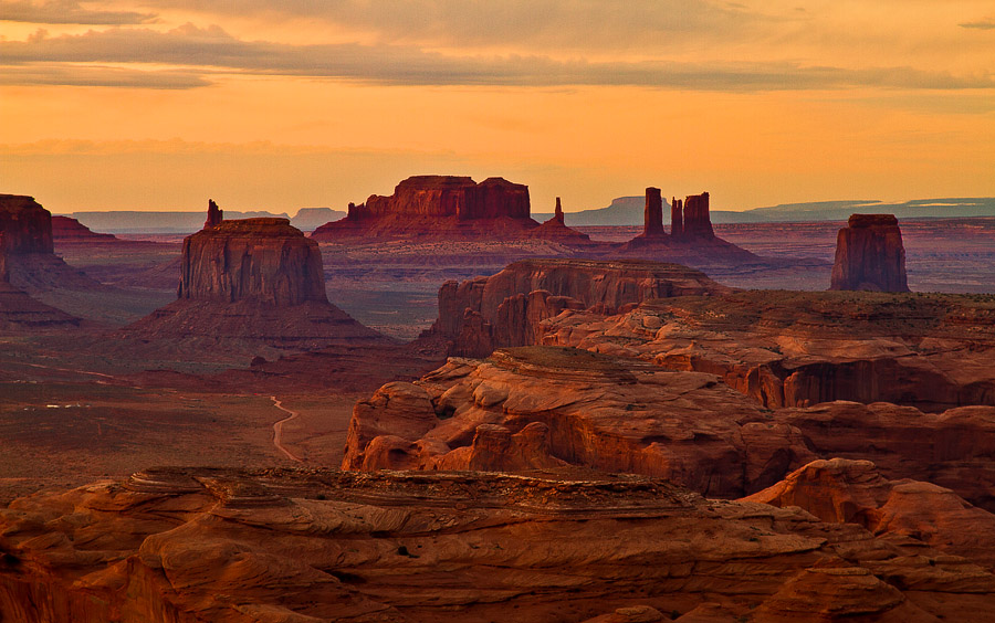 Sunset at the monument valley | panorama, canyon, valley