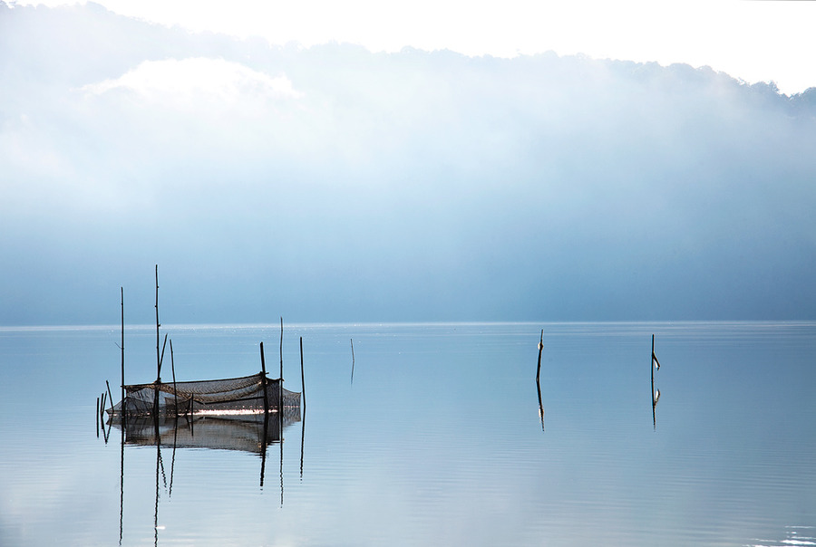 Silence | fog, reflection, lake