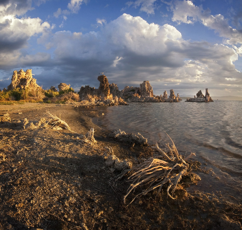 The naked kingdom | rocks, lake, clouds