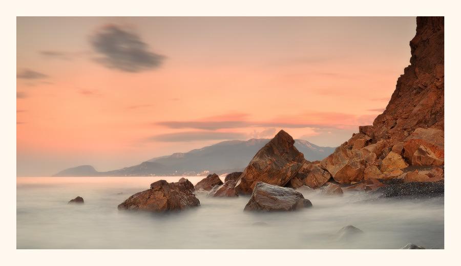 Pastels | rocks, sea, mist