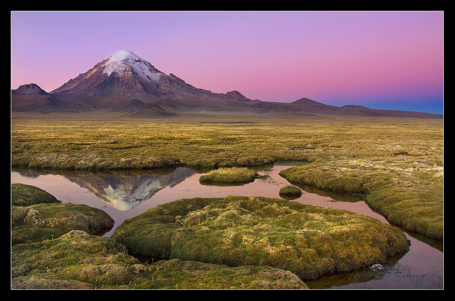 The Sajama volcano | water, volcano, mountains, reflection
