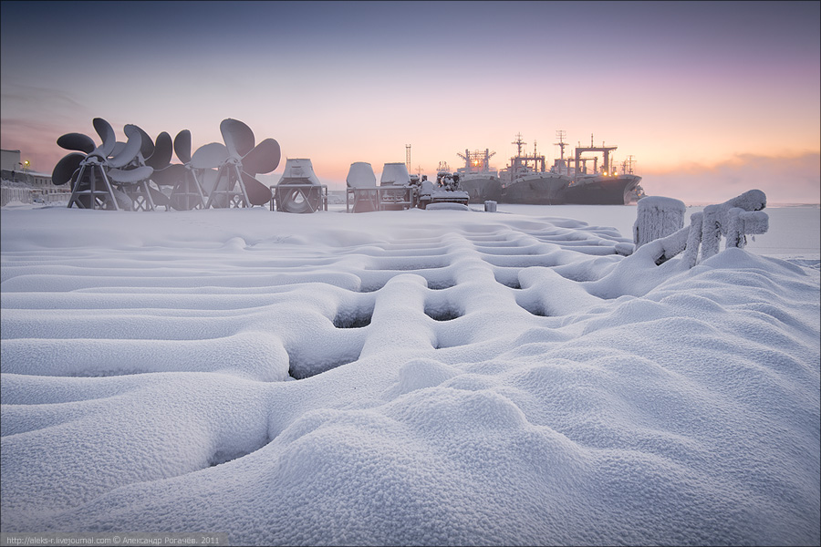 Polar night  | winter, ship, dock, snow