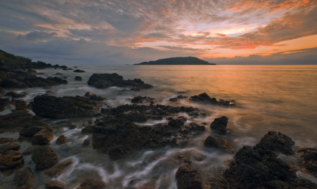 Sea sunset | landscape, sea, evening, stones, sunset, scarlet, water, flow, skyline, foam