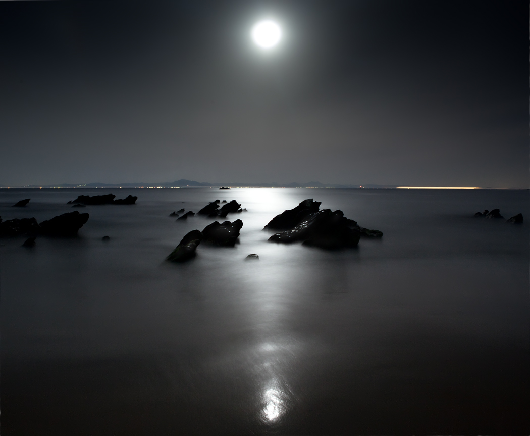 Moon-glade | landscape, night, dark, lights, moon, stones, sea, coast, water, moon-glade