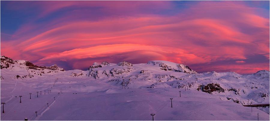 Colours of the sky   dusk, snow, soil, power line
