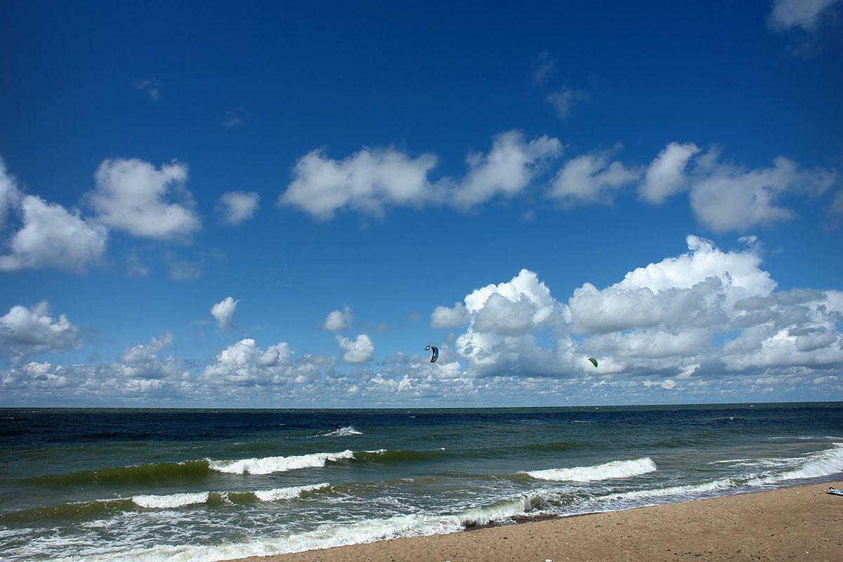 Kitesurfing | kitesurfing, skyline, sea, waves