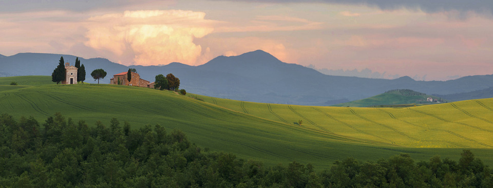 Hills of Toscana, Italy | landscape, nature, Italy, hills, Toscana, green, grass, sky, clouds, houses